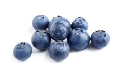 Fresh raw tasty blueberries isolated on white Fototapete