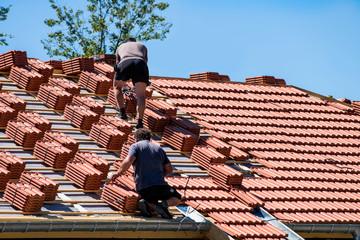 renouvellement tuiles sur la toiture