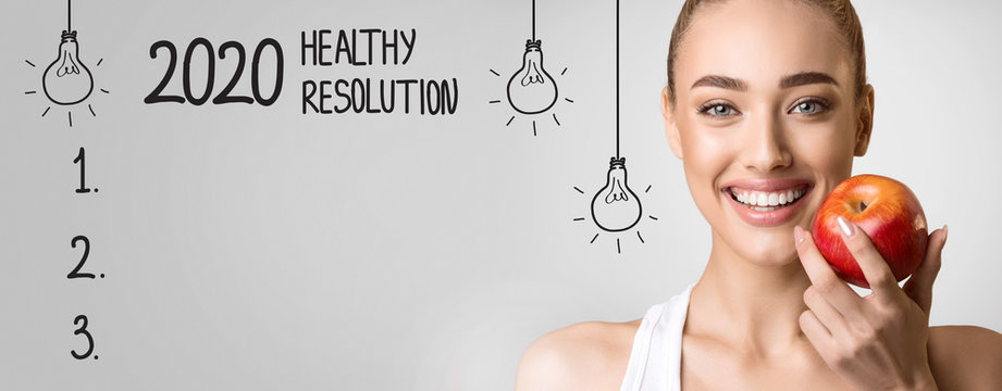 2020 Healthy Resolution with blank checklist and happy woman