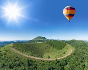 Puy de Pariou avec montgolfière