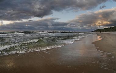 Morze zachód słońca - turkusowa fala