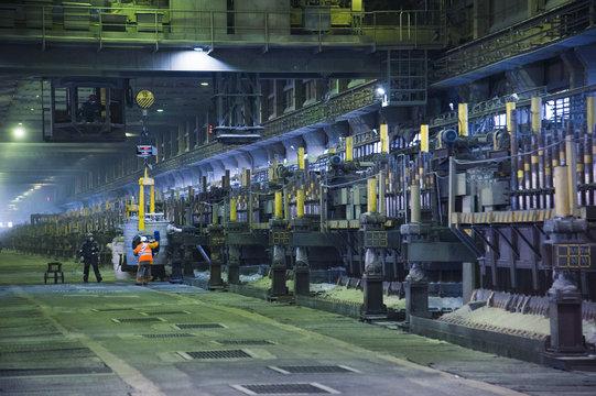 Contemporary large aluminum foundry