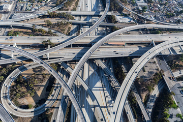 Afternoon aerial view of ramps and traffic on the Harbor 110 and Century 105 freeway junction in Los Angeles County, California.   Fototapete