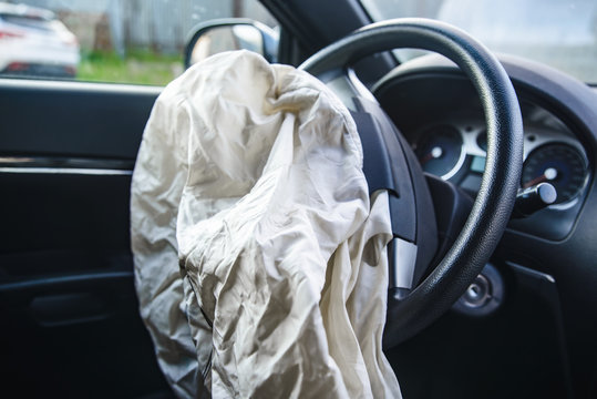 Car airbag has worked with a shallow depth of field