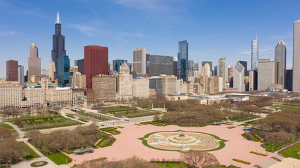 Fotomurales - Beautiful Clear Day Aerial View Off Lake Shore Drive Chicago Illinois Skyline