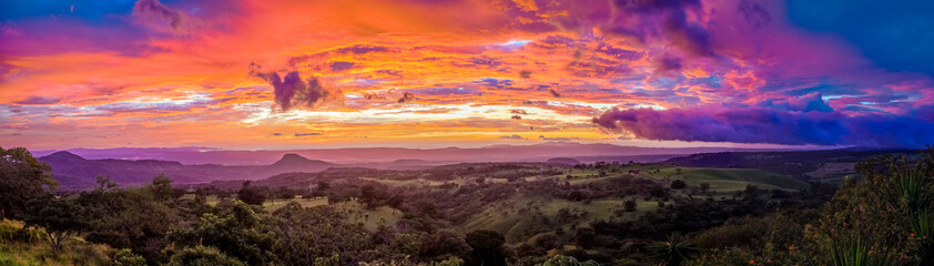 Photo sur Plexiglas Marron chocolat Sunset in Santa Rosa in Costa Rica