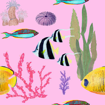 Hand drawn in watercolor sea world natural element. Corals reef fish seamless pattern on pink background