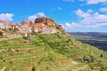 die alte mittelalterliche Stadt Ares del Maestrat, Castellon in Spanien - the old medieval town of Ares del Maestrat Castellon