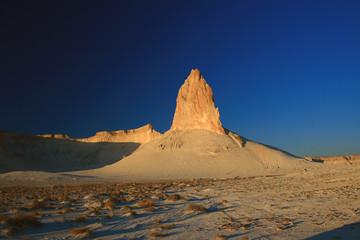 Fotobehang Bleke violet Kazakhstan. Ustyurt Plateau. Chin Bozgira.