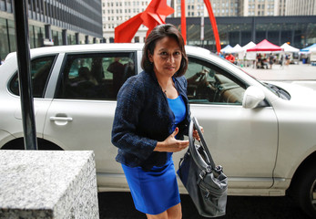 Attorney Gloria Schmidt arrives for R. Kelly detention hearing in Chicago
