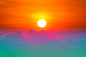 Photo sur Aluminium Orange eclat colorful heap red orange sunset cloud and sun on sky