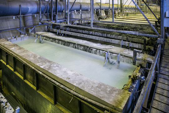 Etching acid containers for galvanizing metal parts in galvanic workshop