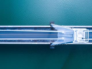 吊り橋の俯瞰ず