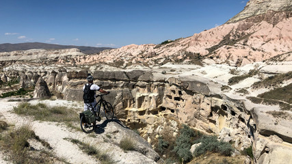 the man who discovered Cappadocia by cycling