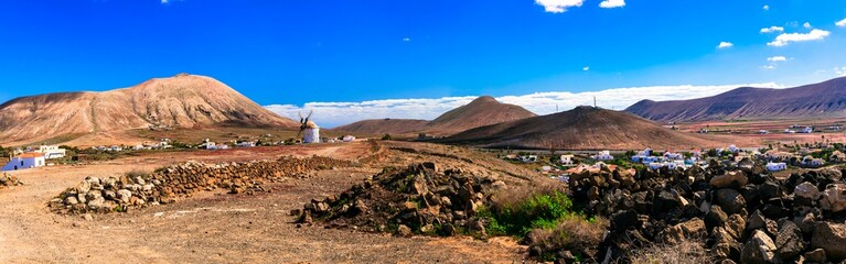 Magic desrted landscapes of volcanic Fuerteventura island, Canary islands of Spain
