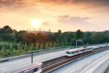 Dortmund Stadion bei Sonnenuntergang