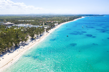 Fototapete - Aerial view from drone on tropical beach with palm trees