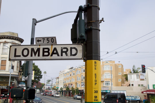SAN FRANCISCO, CALIFORNIA, UNITED STATES - NOV 25th, 2018: Street sign of Lombard street, best know as the most crooked street in the world