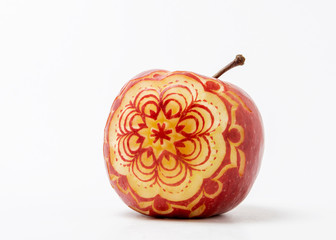 red and green apples carving from angkana