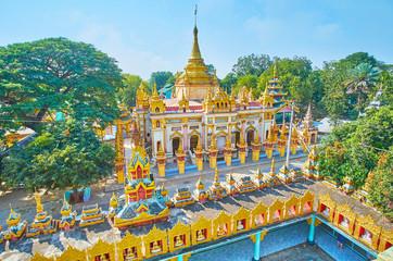 Observe Thanboddhay monastery from Arlain Nga Sint watchtower, Monywa, Myanmar Fototapete