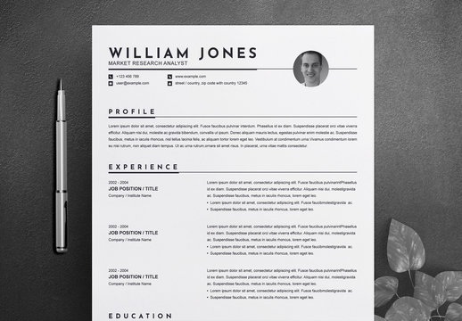 Resume and Cover Letter Layout with Photo Placeholder