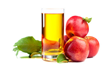 Poster Sap Glass of apple juice and red apples isolated on a white background.