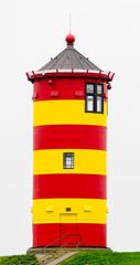 Der Pilsumer Leuchtturm nähe Emden Ostfriesland