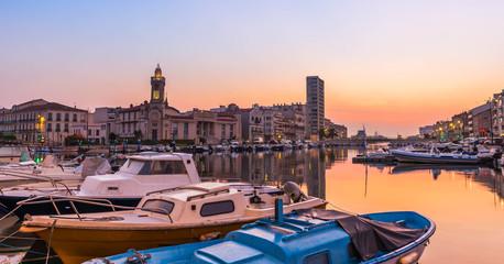 Sète à l'aube dans l'Hérault en Occitanie, France