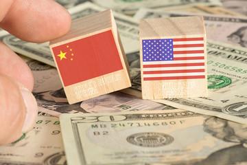 Dollar Geldscheine und China und Amerika