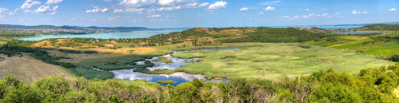 Landschaft auf der Halbinsel Tihany im Plattensee, Ungarn