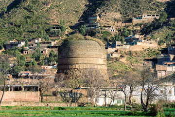 It is one of the  largest stupa, of the Indian subcontinent, is located in village Shingardar, Swat Pakistan.