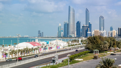 Spoed Foto op Canvas Abu Dhabi Beautiful view of Abu Dhabi city skyline and landmarks from the famous corniche road