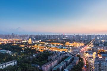 Fotobehang - beautiful xian dusk cityscape