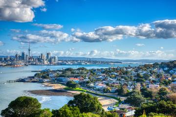Foto auf AluDibond Pool Auckland City Sunny