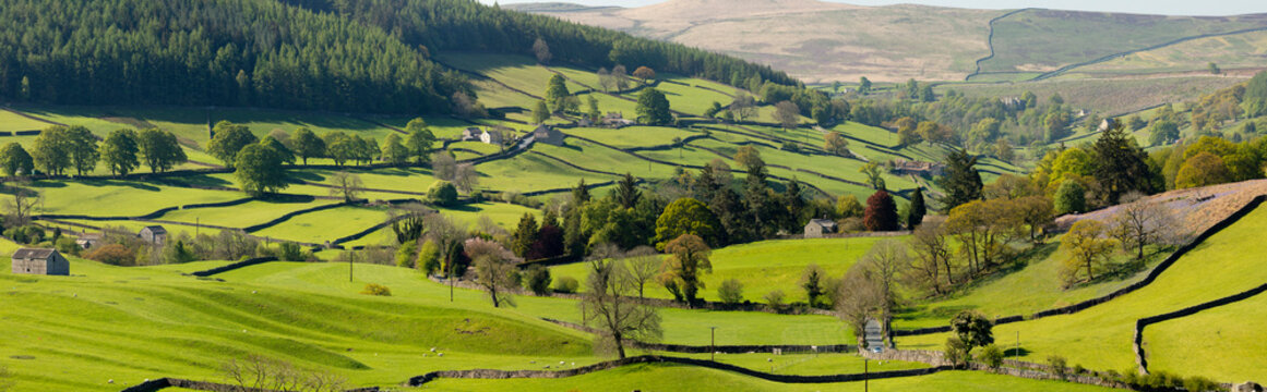 The hamlet of Howgill below Simons Seat in lower Wharfedale, North Yorkshire, Yorkshire
