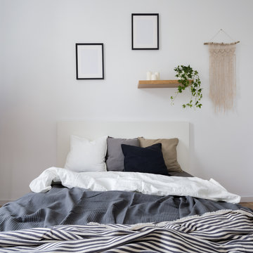 Bedroom with wall decoration
