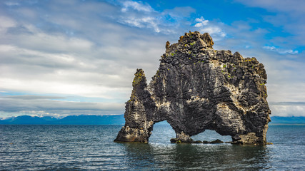 Obraz Hvitserkur rock formation in Hunafjordur fjord, Iceland - fototapety do salonu