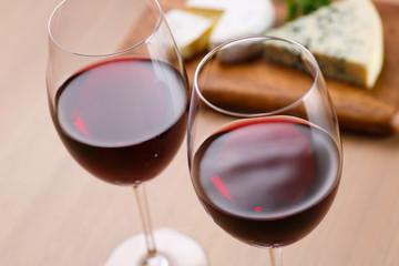 赤ワインと前菜
