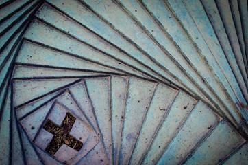 Geometria a spirale con croce
