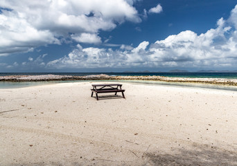 Saint Vincent and the Grenadines, Britannia bay, beach table, Mustique