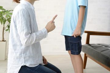 子どもを叱る・励ます