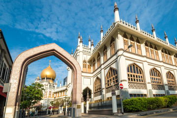 Sultan Mosque is a prominent mosque located at the heart of Kampong Glam, and one of Singapore's most impressive places of worship.