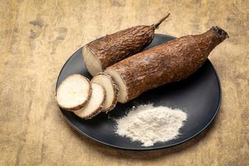 yuca cassava root and flour