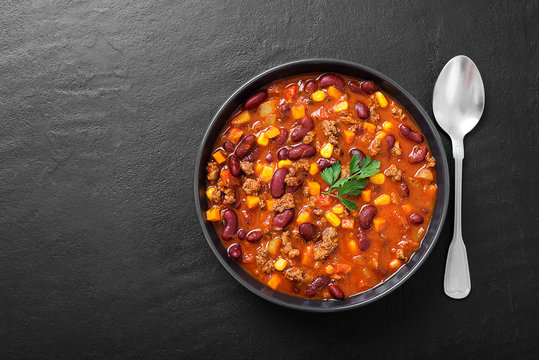 Traditional mexican dish chili con carne with minced meat and red beans.