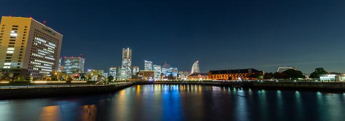 横浜みなとみらいの夜景 / Yokohama Minato Mirai 21