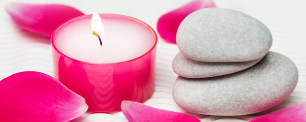 Wellness roses and candle with stones