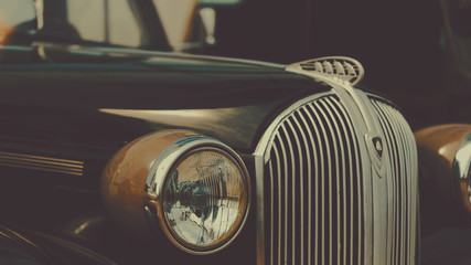 Photo sur Plexiglas Vintage voitures Retro car show background. Classic car's details close-up