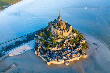Mont Saint Michel aerial view Fototapete