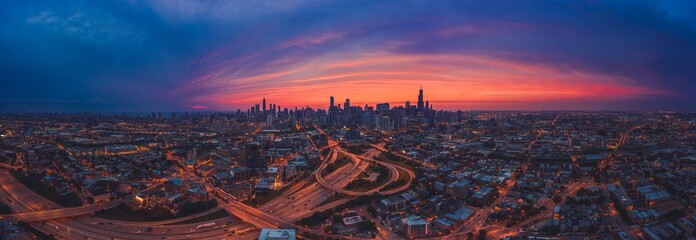 Fototapete - Sunrise Westloop Chicago Panorama