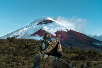 amazing Cotopaxi Volcano in ecuador Fototapete